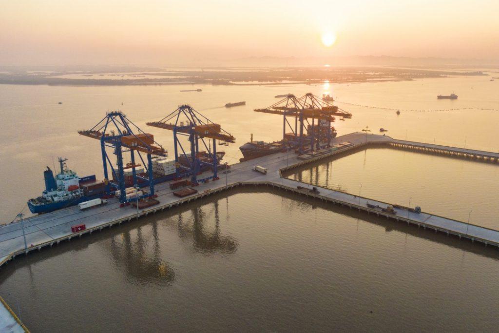 Cảng Nam Đình Vũ nằm ở luồng kênh tráp đầu tiên tại Đình Vũ - Cát Hải